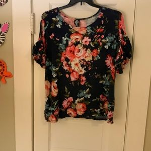 Floral Agnes and Dora frill sleeve top